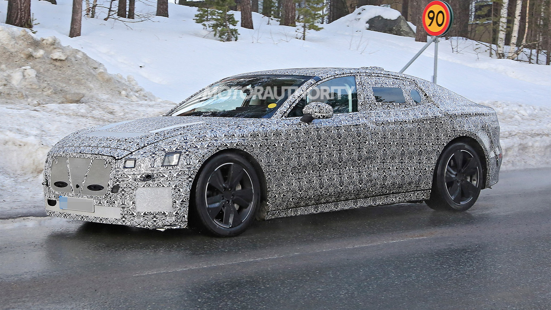 2021 Jaguar XJ spy shots - Photo credit: S. Baldauf/SB-Medien