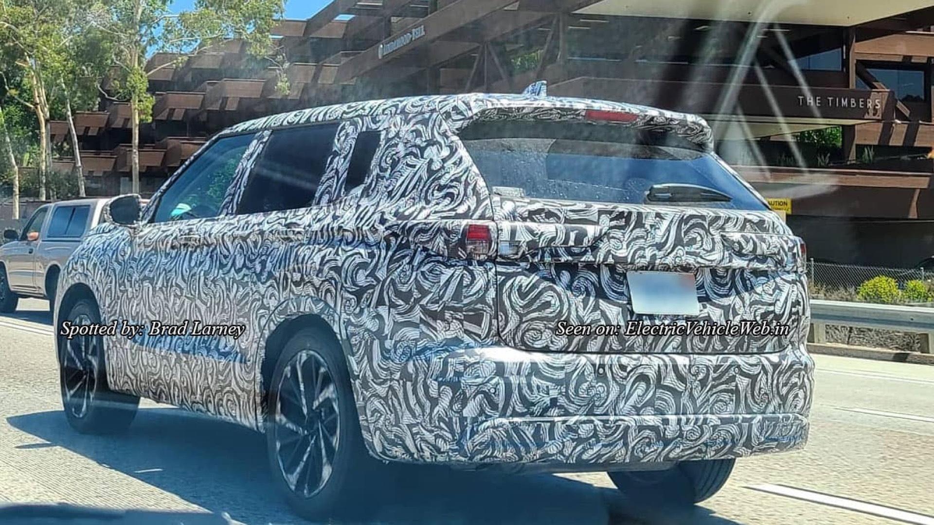 2021 Mitsubishi Outlander prototype  -  Brad Larney and Electric Vehicle Web