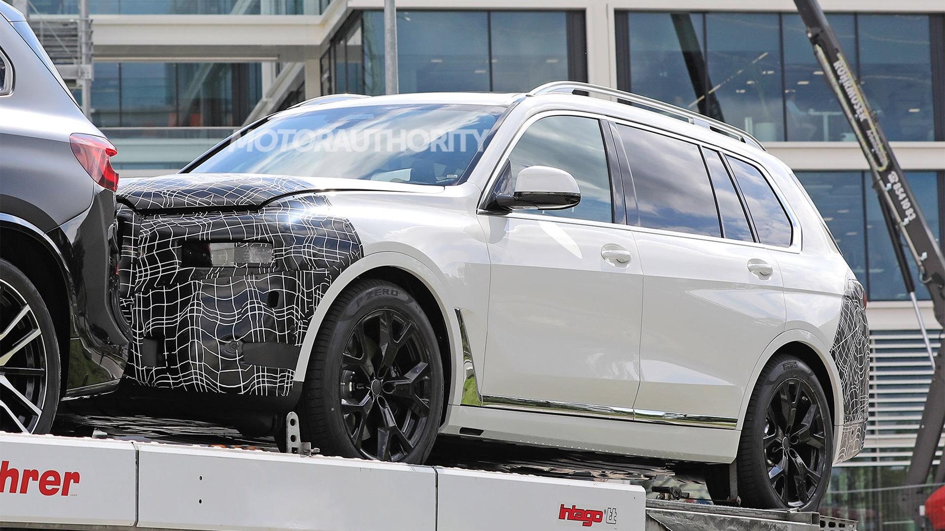 2023 BMW X7 spy shots - Photo credit:S. Baldauf/SB-Medien
