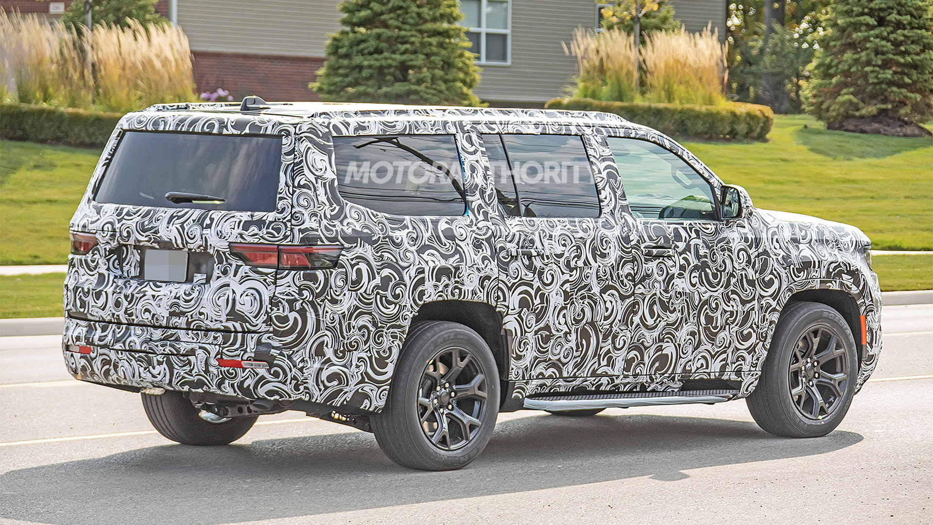 2022 Jeep Grand Wagoneer spy shots - Photo credit: S. Baldauf/SB-Medien
