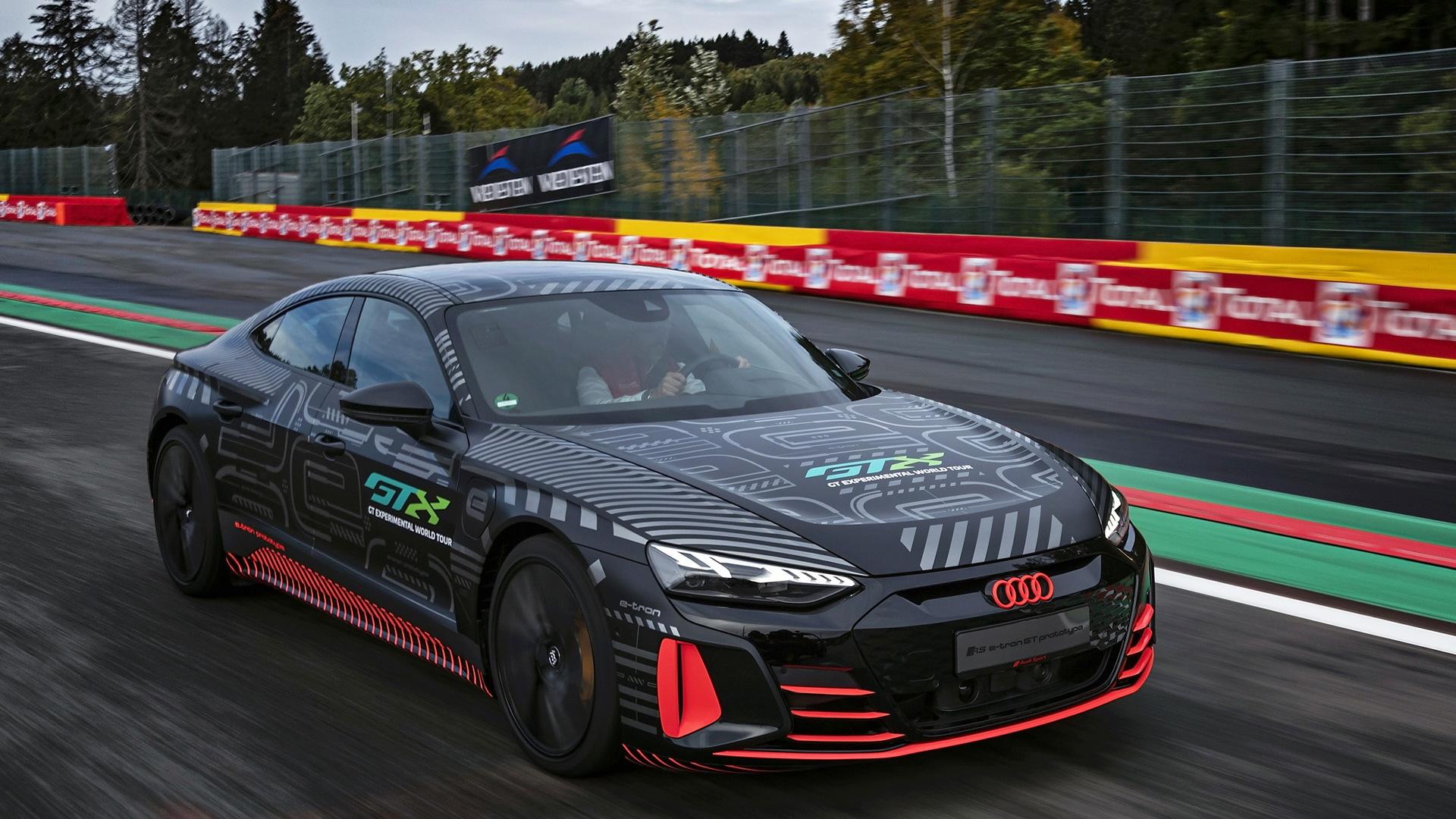 2022 Audi RS E-Tron GT prototype