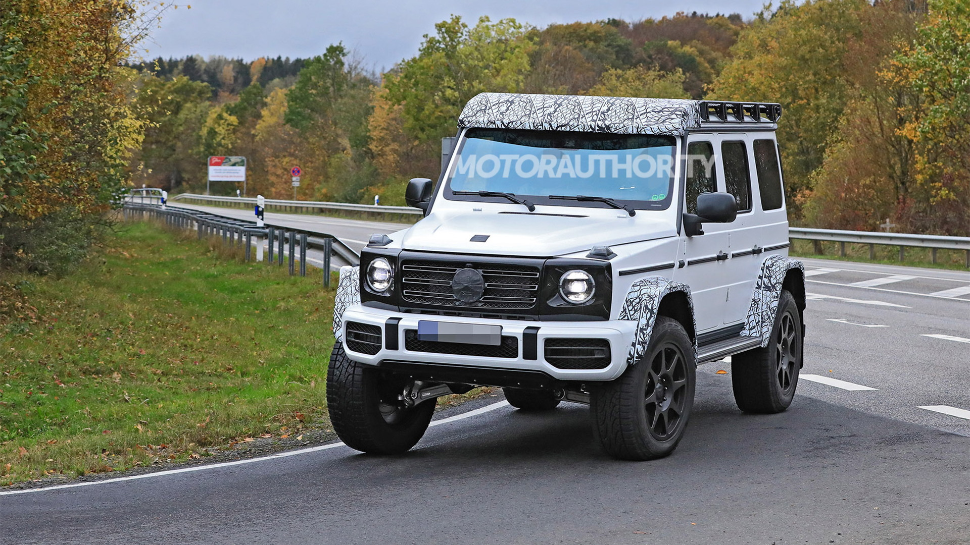 2022 Mercedes-Benz G550 4x4 Squared spy shots - Photo credit: S. Baldauf/SB-Medien
