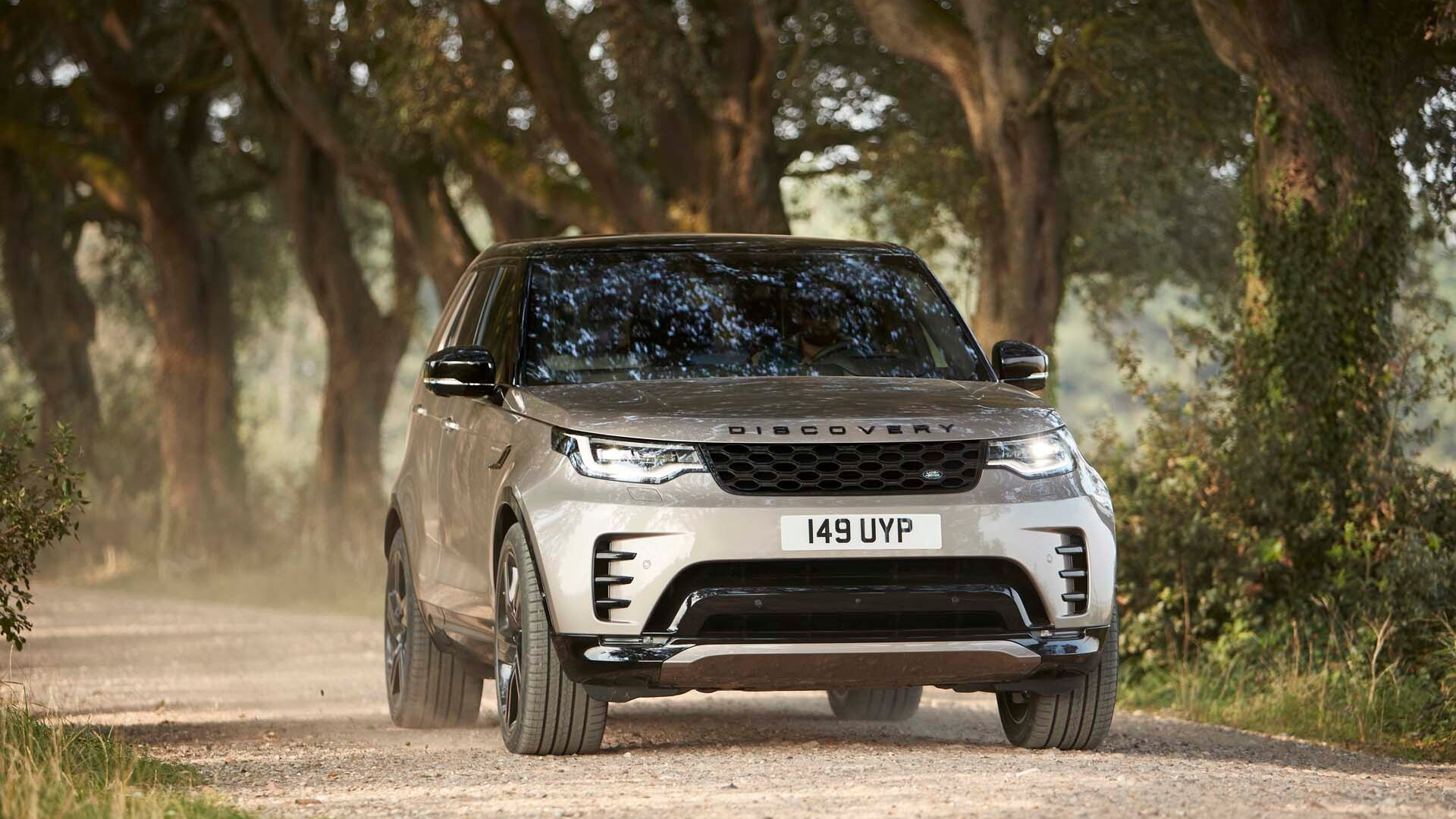 Land Rover Discovery: Price, Specs, Features