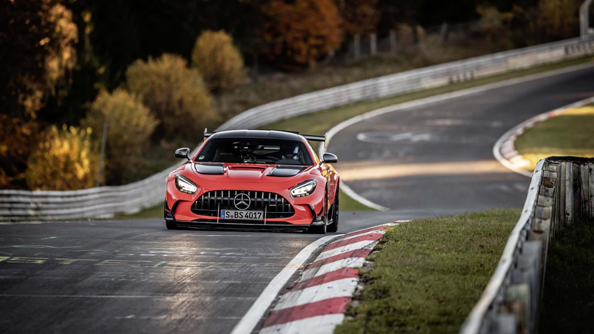 2021 Mercedes-Benz AMG GT Black Series sets Nürburgring record