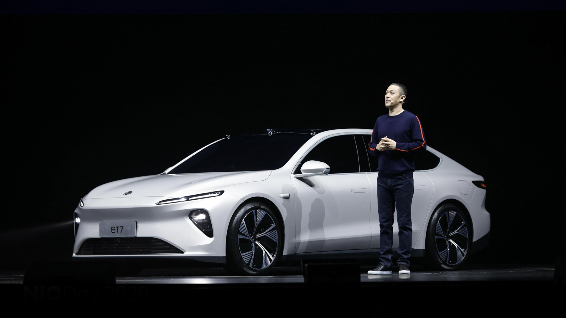 Nio CEO and founder William Li with the 2022 ET7