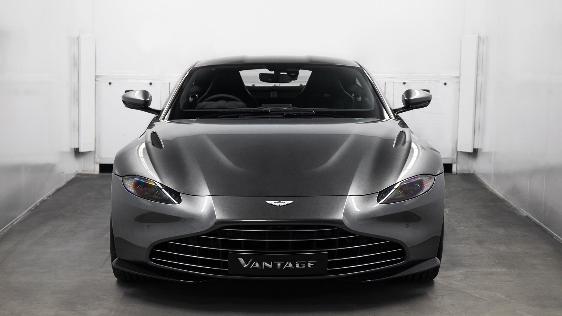 Aston Martin Vantage vane grille conversion