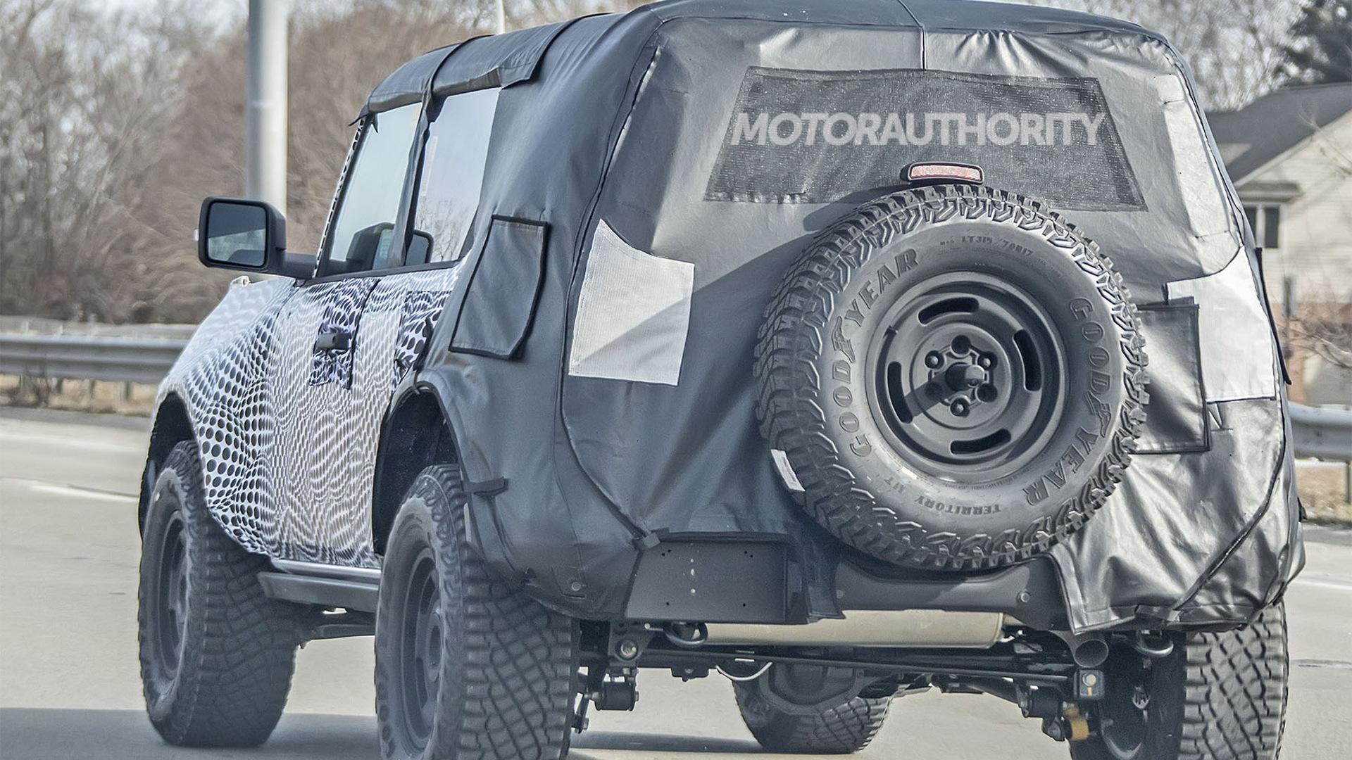 2022 Ford Bronco Heritage Edition spy shots - Photo credit:S. Baldauf/SB-Medien