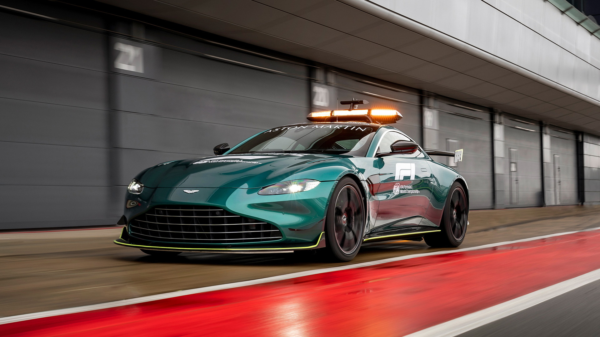 2021 Aston Martin Vantage Formula One Official Safety Car