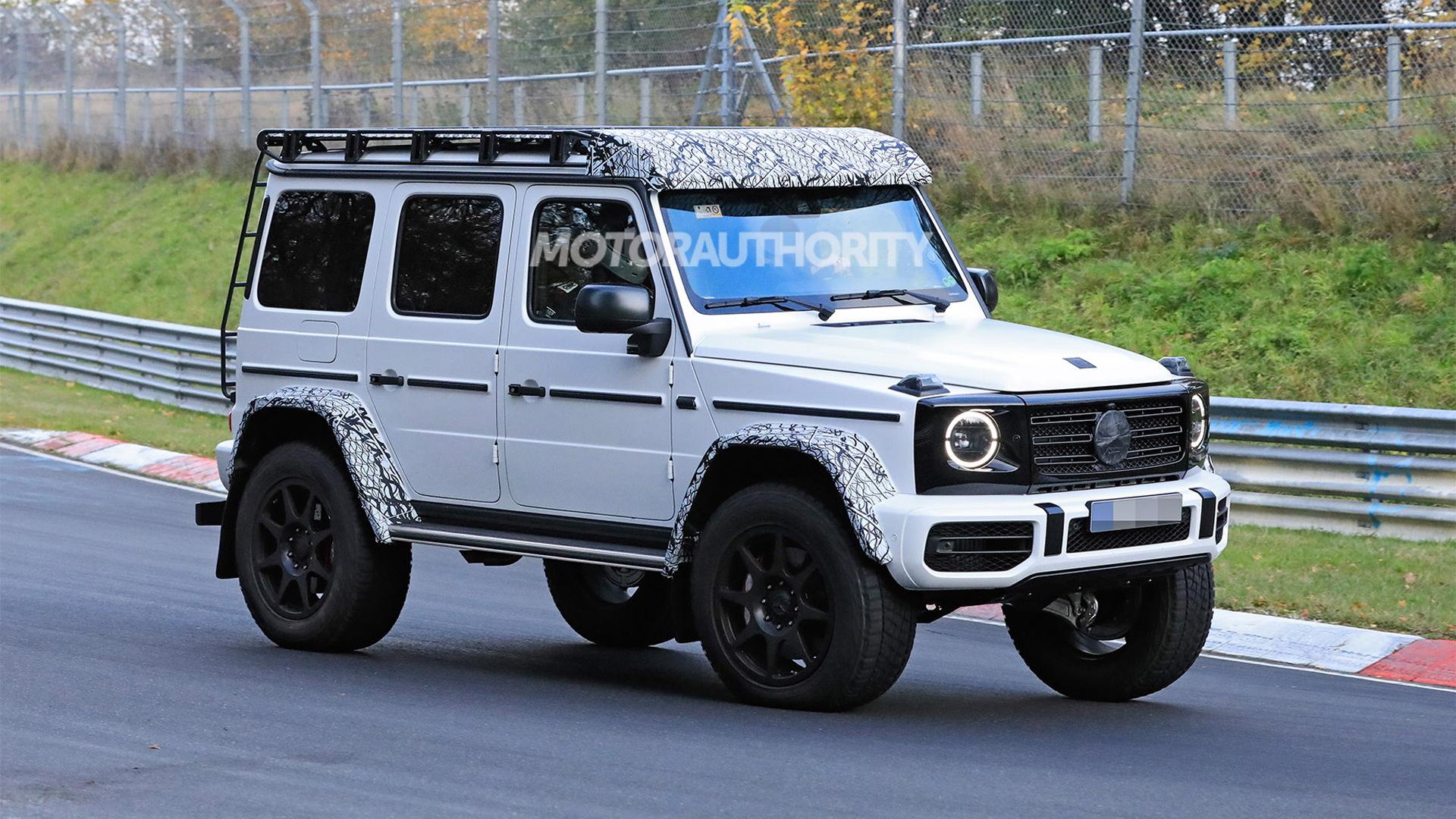 2022 Mercedes-Benz G550 4x4 Squared spy shots - Photo credit: S. Baldauf/SB-Medien