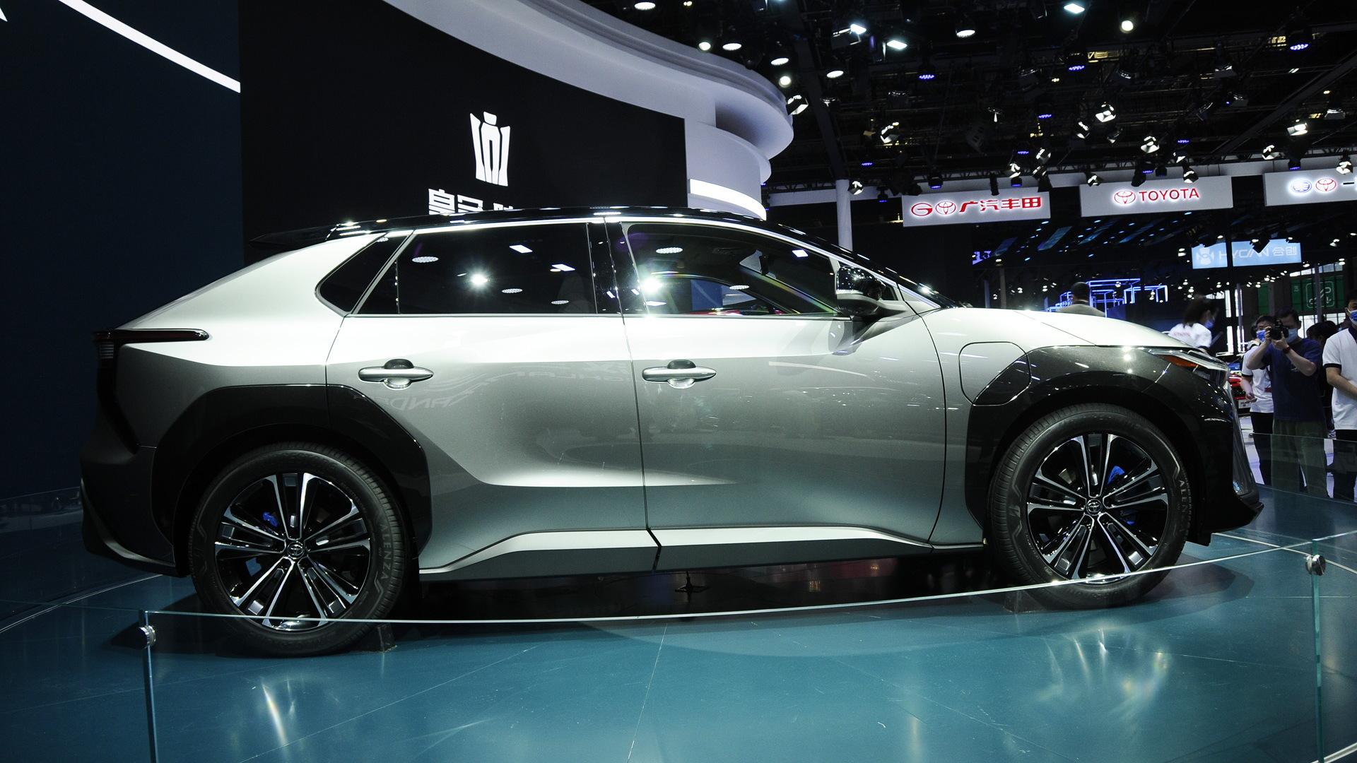 Toyota BZ4X concept - 2021 Shanghai auto show