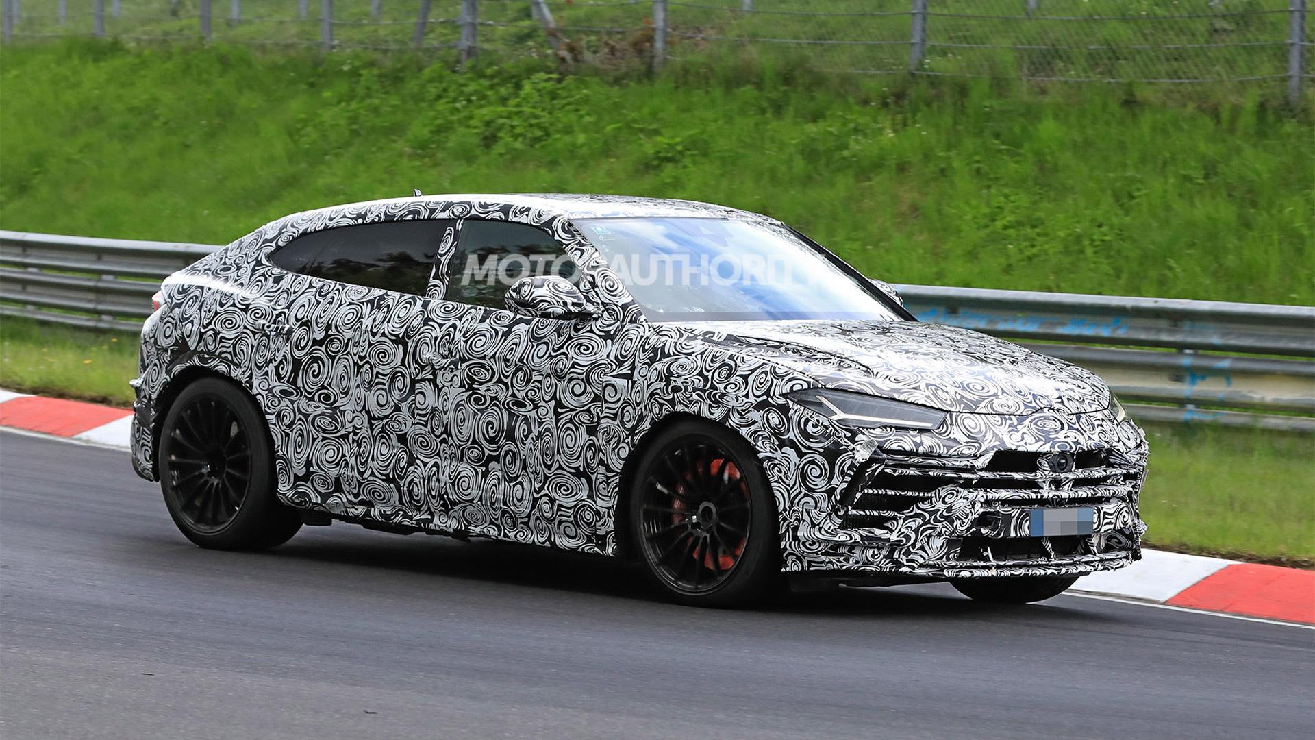 2023 Lamborghini Urus facelift spy shots - Photo credit:S. Baldauf/SB-Medien