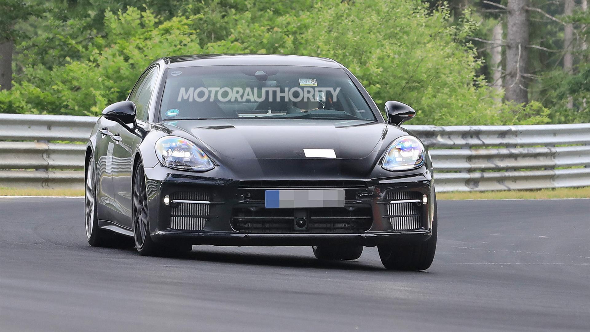 2023 Porsche Panamera second facelift spy shots - Photo credit: S. Baldauf/SB-Medien
