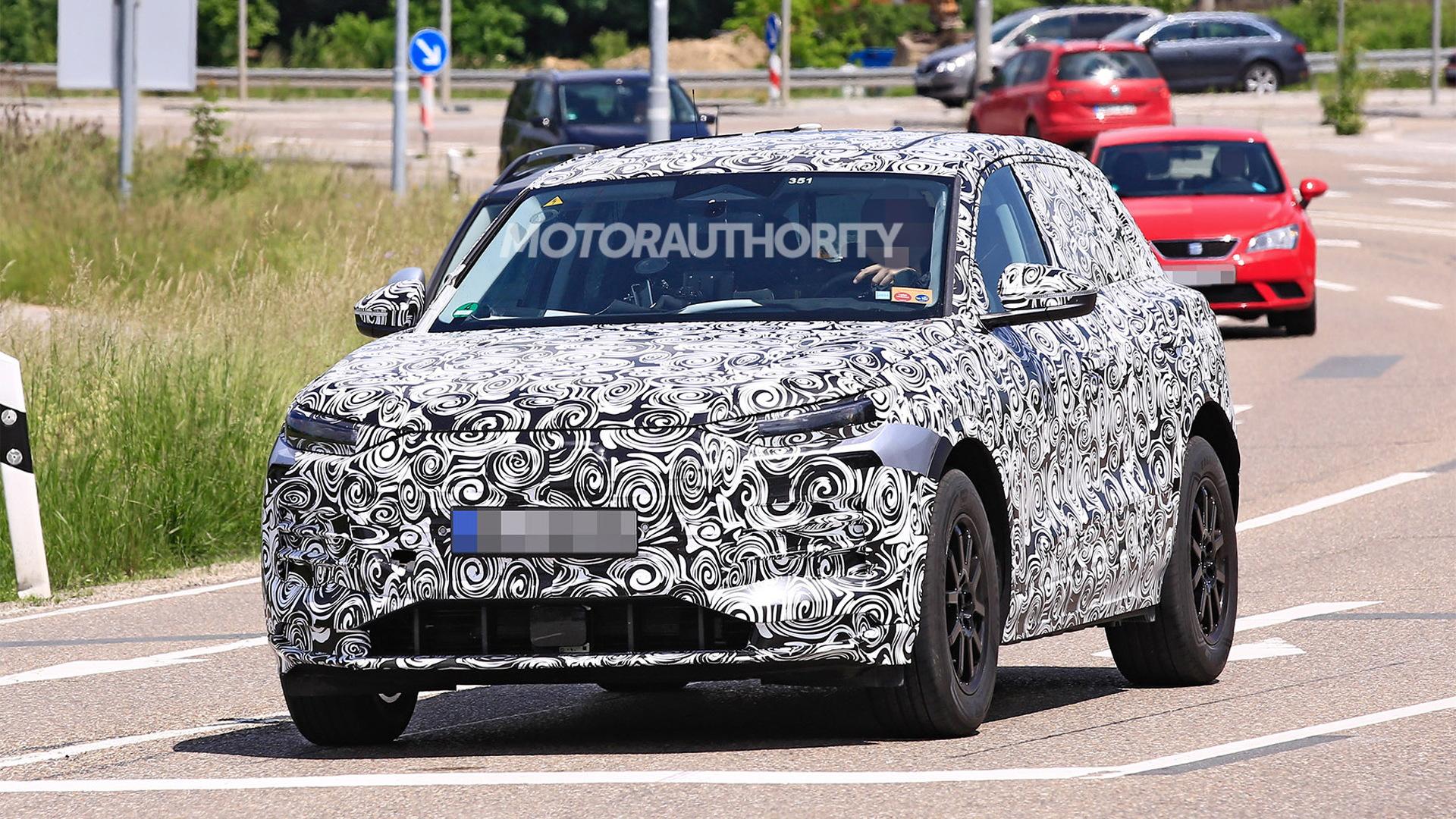 2023 Audi Q6 E-Tron spy shots - Photo credit:S. Baldauf/SB-Medien