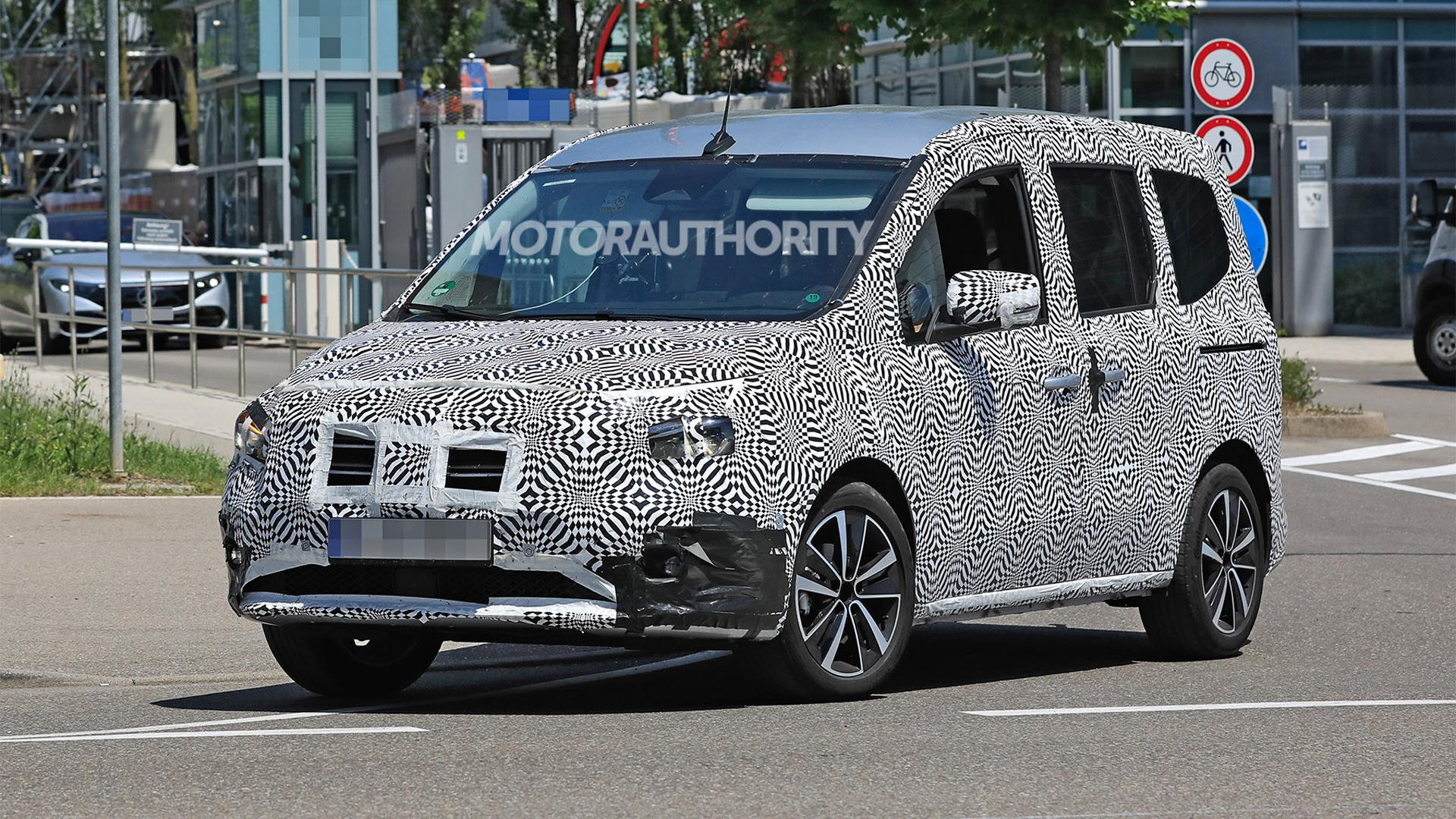 2022 Mercedes-Benz T-Class (Citan) spy shots - Photo credit: S. Baldauf/SB-Medien