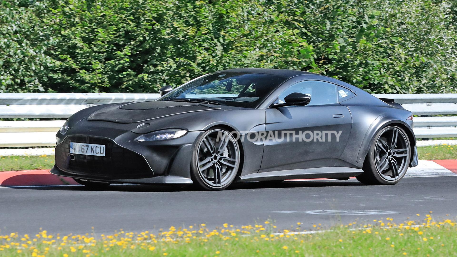 2023 Aston Martin Vantage V12 RS spy shots - Photo credit: S. Baldauf/SB-Medien