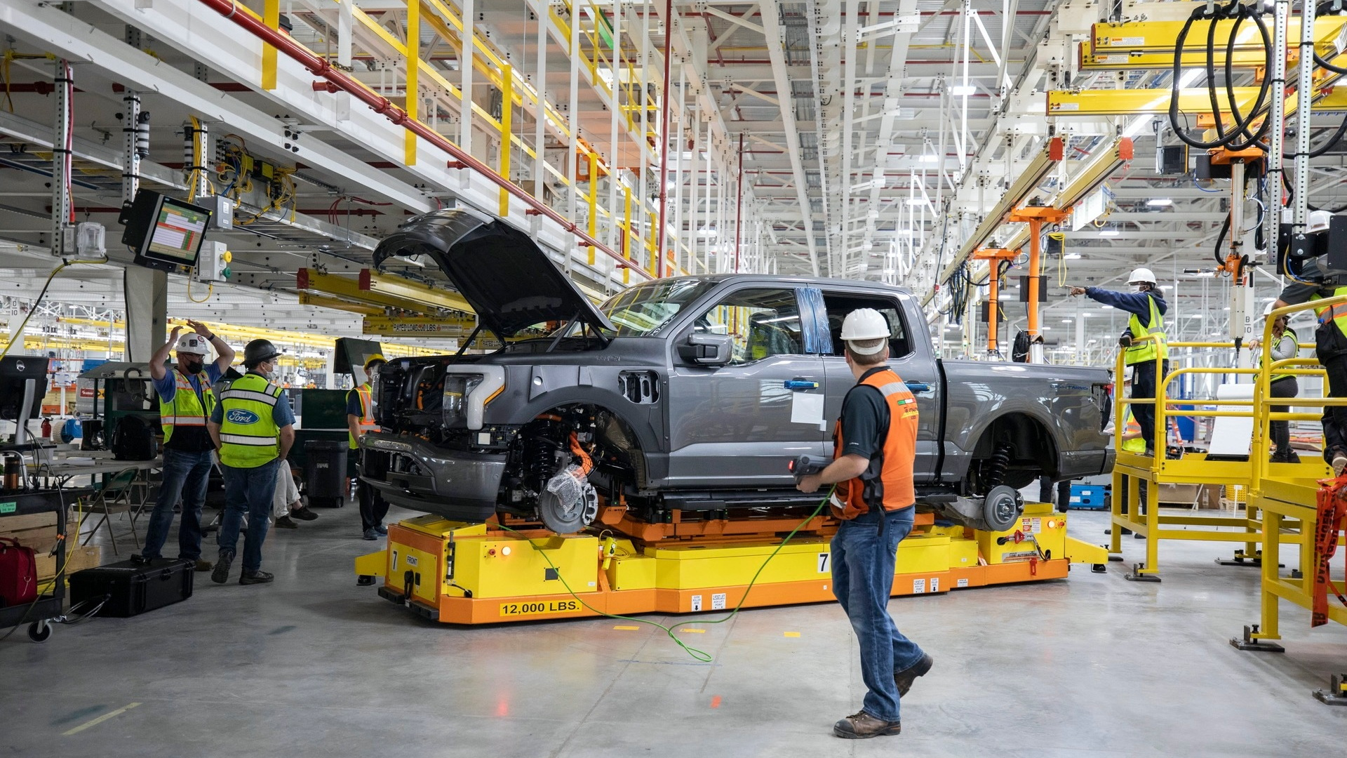 Pre-production Ford F-150 Lightning  -  Rouge Electric Vehicle Center