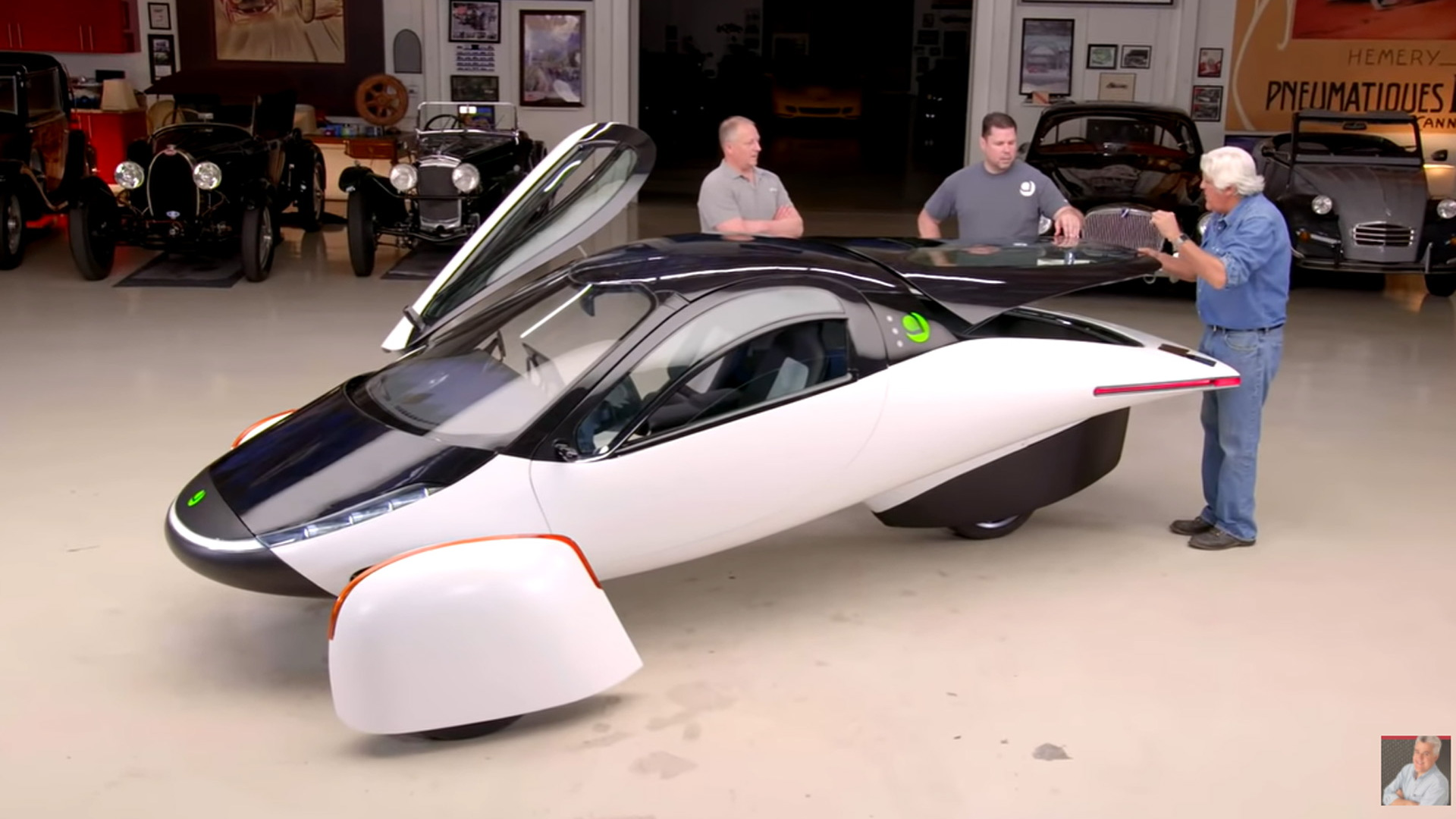 Jay Leno checks out a prototype for Aptera's 1,000-mile electric vehicle
