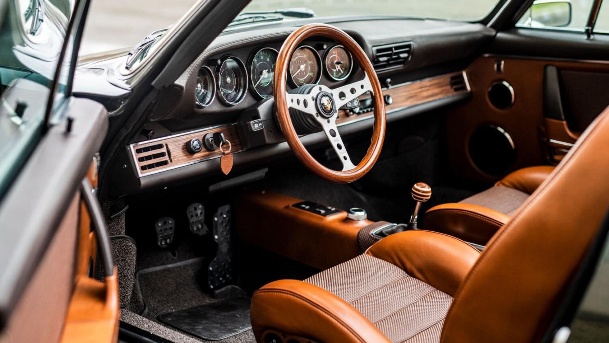 Ateliers Diva carbon-fiber 964 Porsche 911