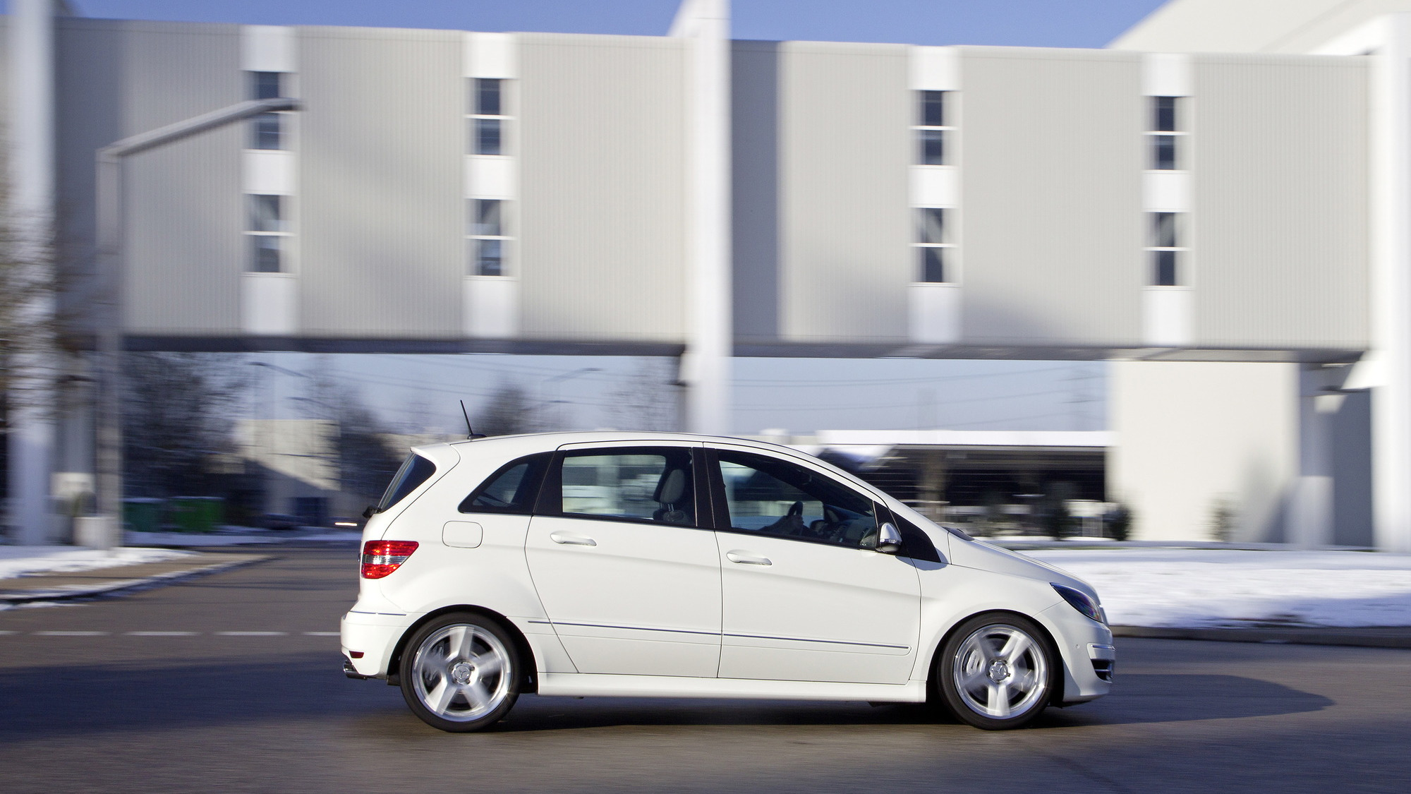 Mercedes-Benz B55 V-8-powered B-Class official images