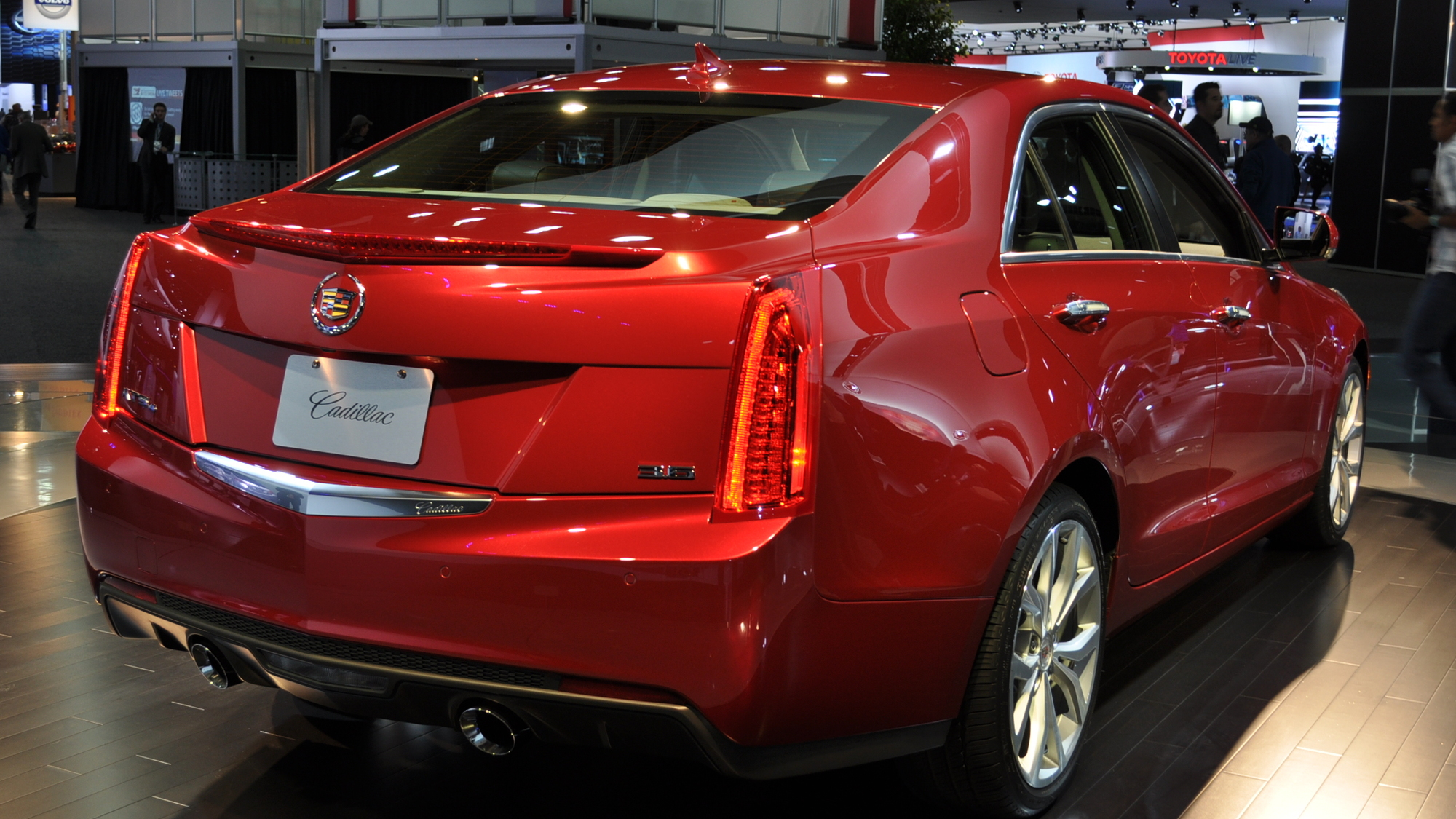 2013 Cadillac ATS: Why It's Lighter Than The BMW 3-Series