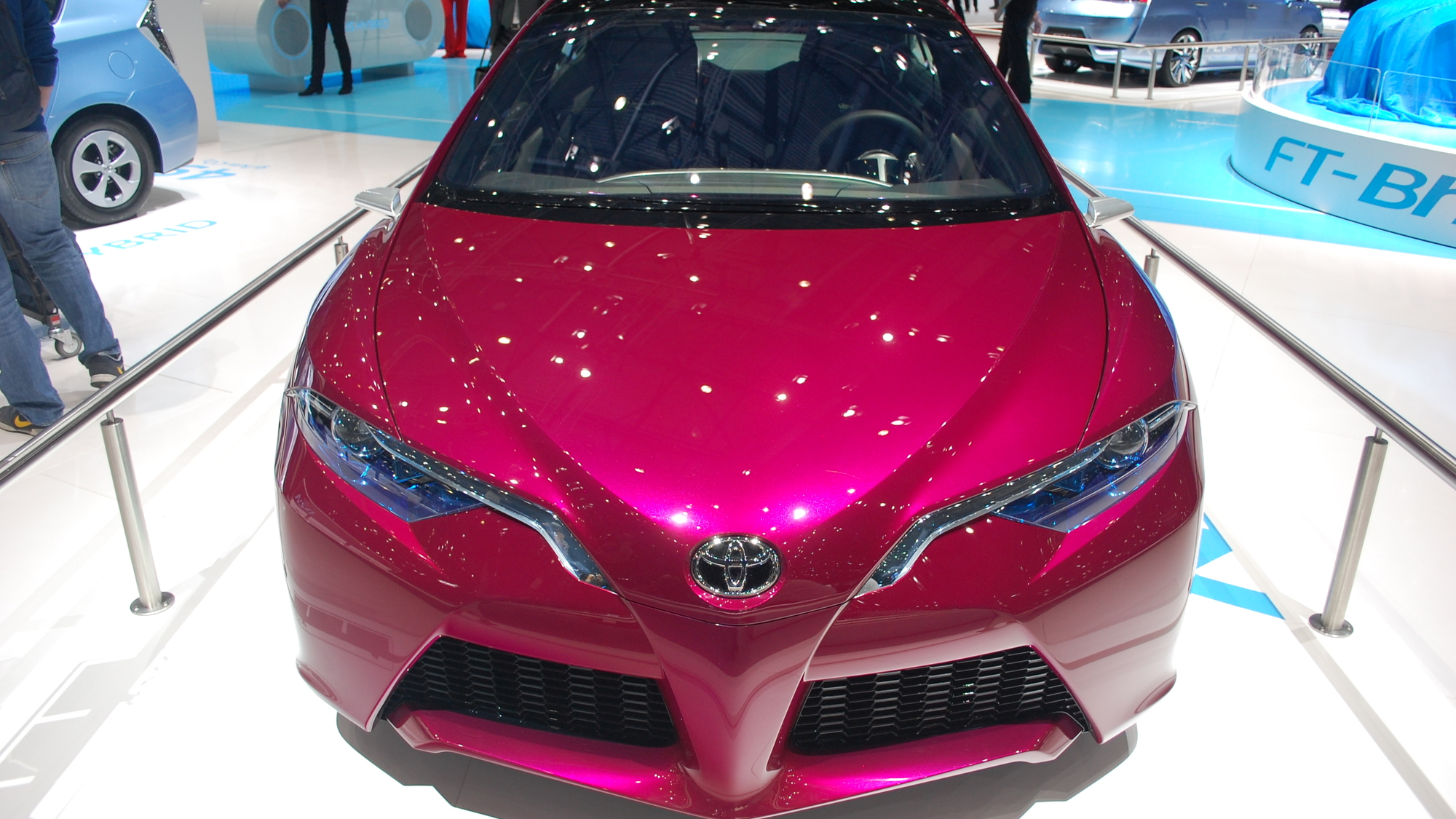 2012 Toyota NS4 Plug-In Hybrid Concept