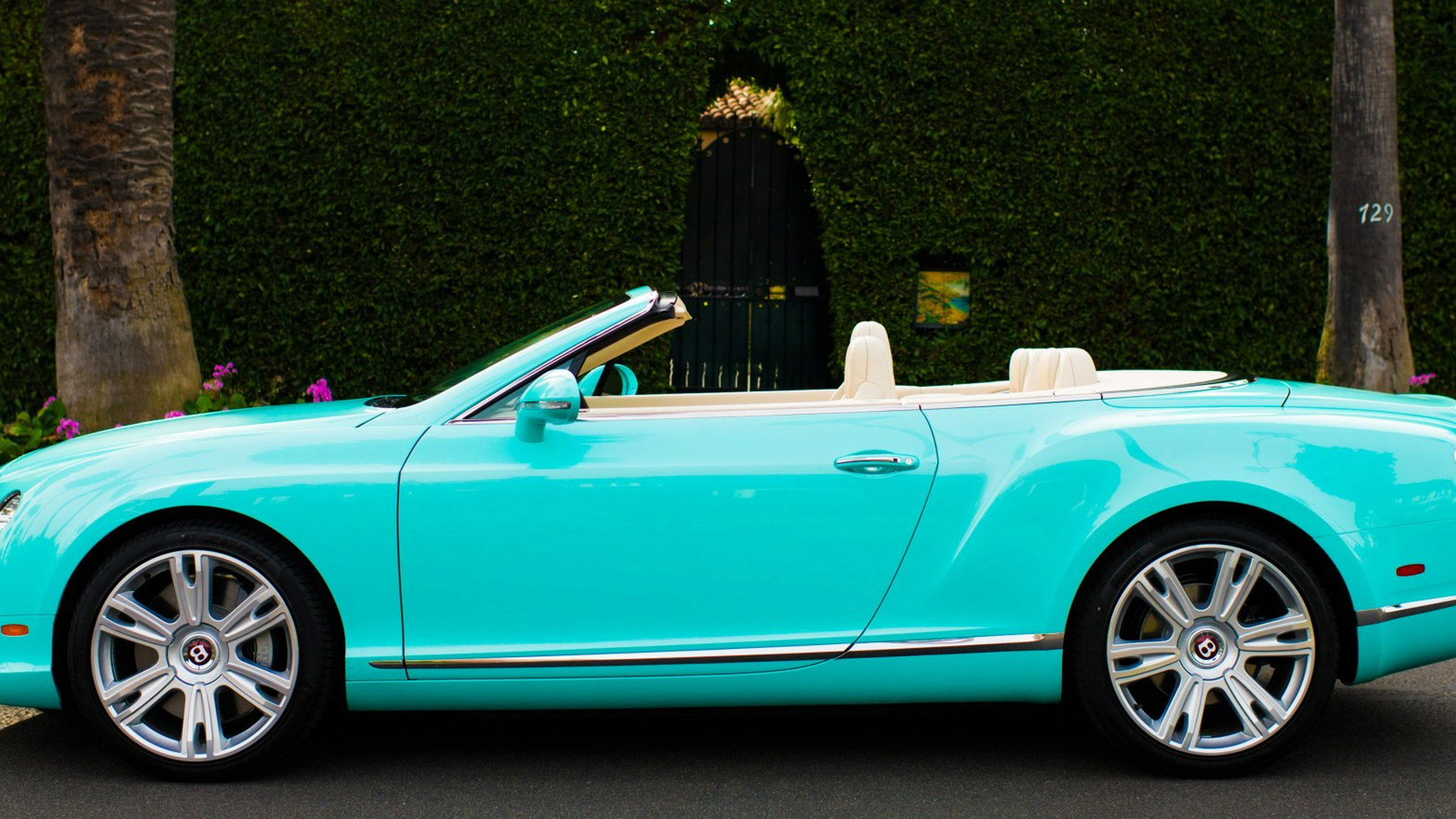 The Tiffany-inspired Bentley Continental GTC V8 - image: O'Gara Coach Company