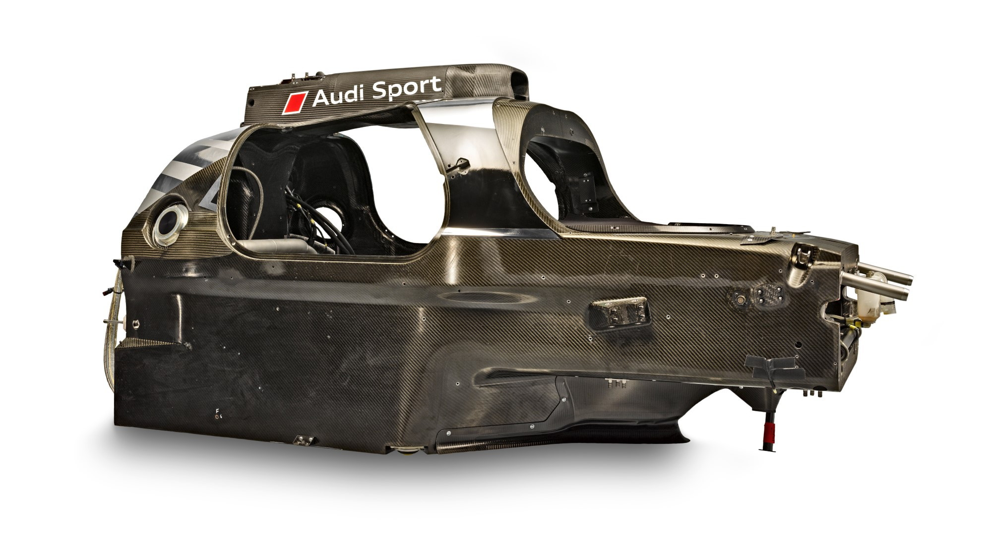 Audi Le Mans prototypes, lightness through carbon fiber