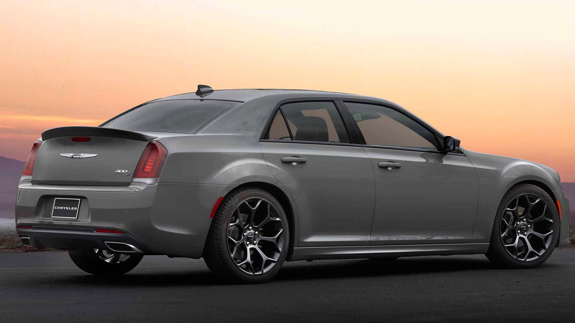 2017 Chrysler 300S Sport Appearance Package