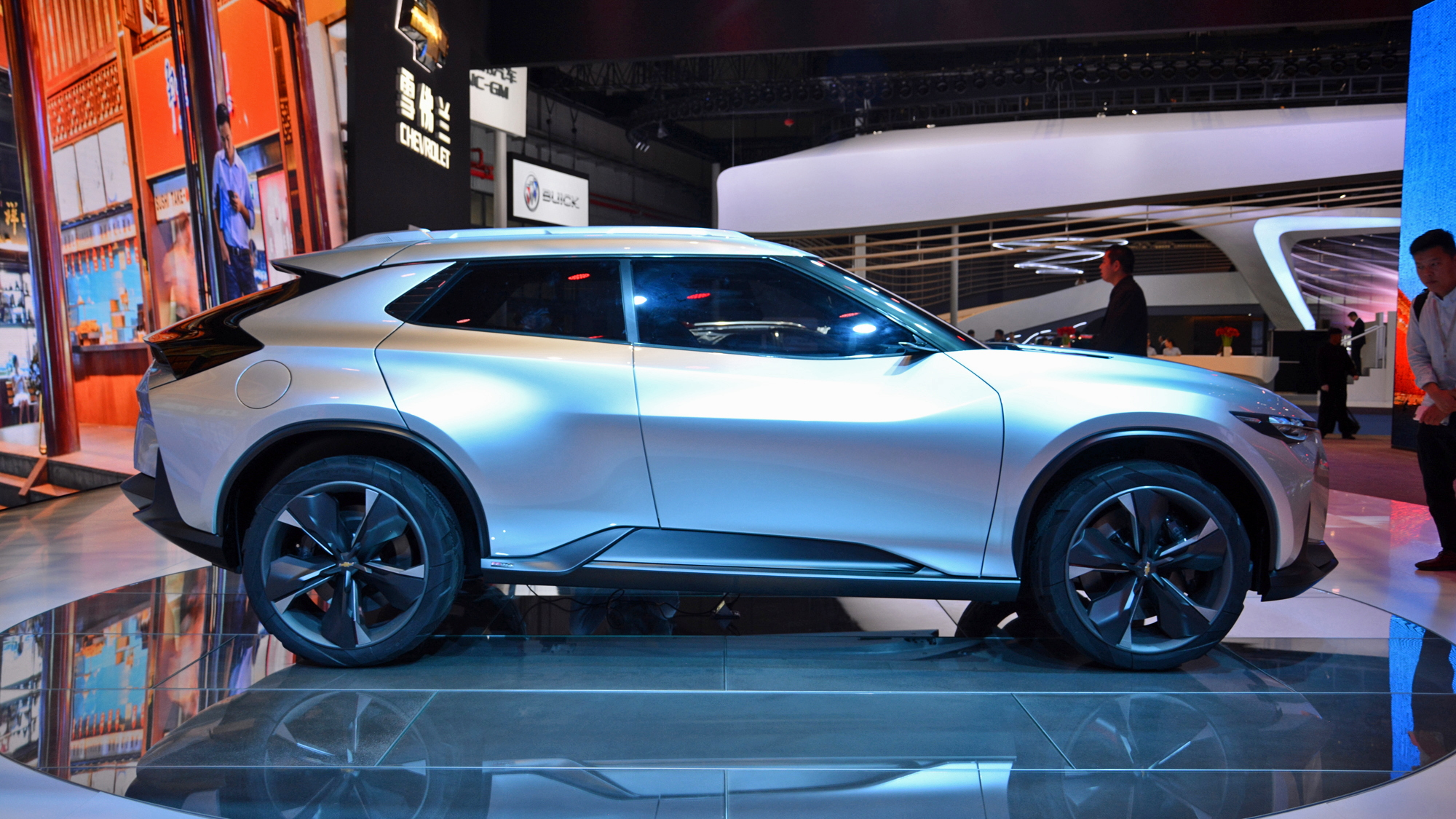 Chevrolet Fnr X Concept For Plug In Hybrid Crossover 2017 Shanghai Auto Show