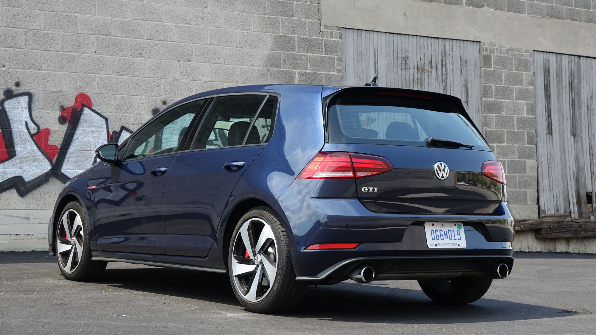 2018 Golf Gti >> Doing Grown Up Things With The Do It All 2018 Vw Golf Gti