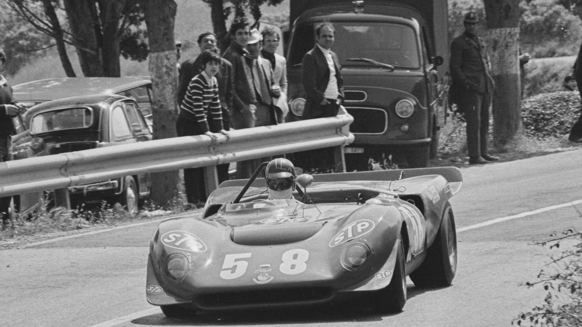 1966 Ferrari Dino 206S sports racer