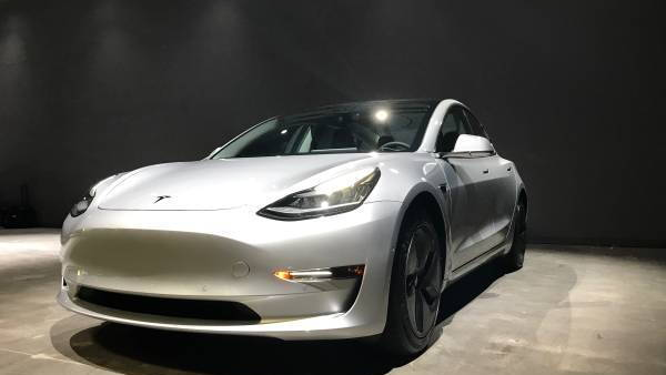 Tesla Model 3 found on Craigslist