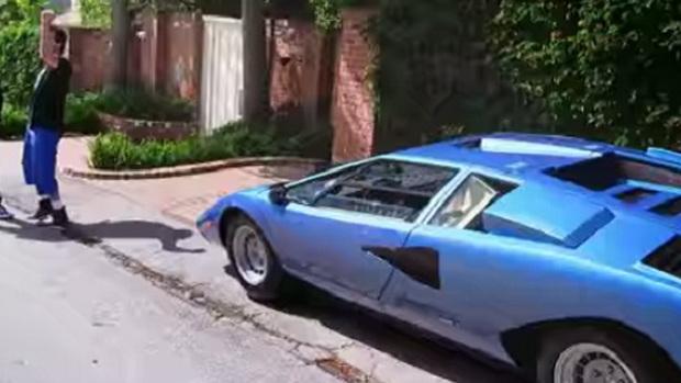 Comedians in Cars Season 6 Premieres