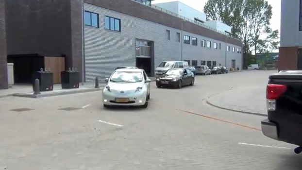 Leafplan.nl tow-charges a 2011 Nissan Leaf