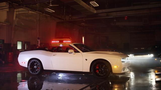 Dodge Challenger SRT Hellcat Convertible