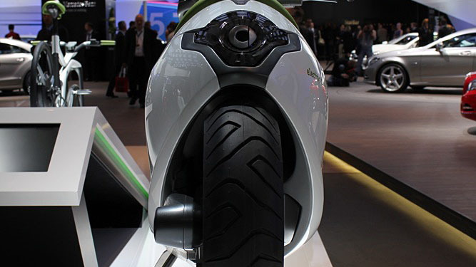 2010 Smart Electric Scooter and Bike Concepts