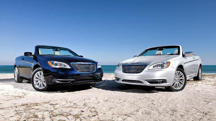 2011 Chrysler 200 Convertible leaked images