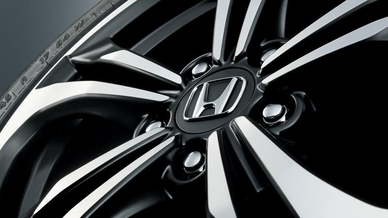 Honda CR-Z Alpha Final Label Edition (Japanese spec)