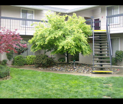 Reviews prices for garden west one apartments yuba city ca for Landscaping rocks yuba city ca