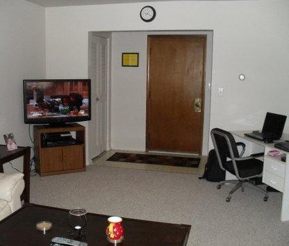 Image Of Bay Manor Apartments In Bay City, MI