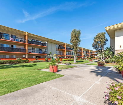 Crystal View Apartments Garden Grove California