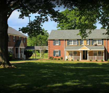 Reviews & Prices for Lynnewood Gardens Apartments, Elkins Park, PA