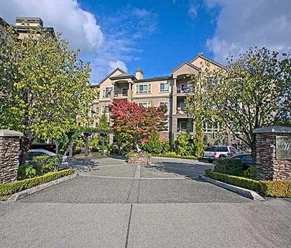 Reviews & Prices for Watermark Apartments, Kirkland, WA