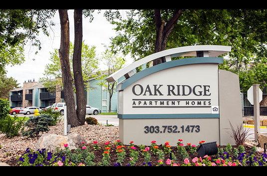 Oak Ridge Apartments - 110 Reviews | Aurora, CO Apartments