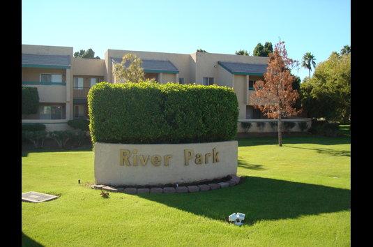River Park Apartments PreviousNext