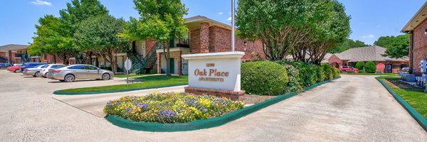 Oak Place Apartments
