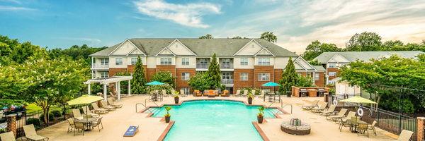 White Oak Luxury Apartments