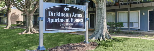 Dickinson Arms Apartments