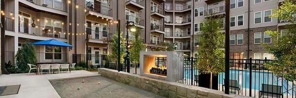 Glenwood at Grant Park Apartments