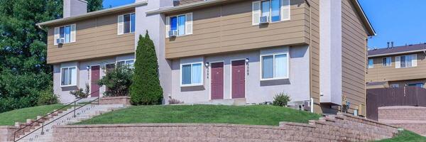 Woodside Apartment Homes